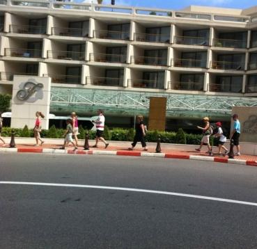 Ruas do grand prix em frente ao hotel Fairmont